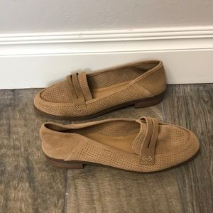 Lucky brand tan loafers. NWOT. Size 9.